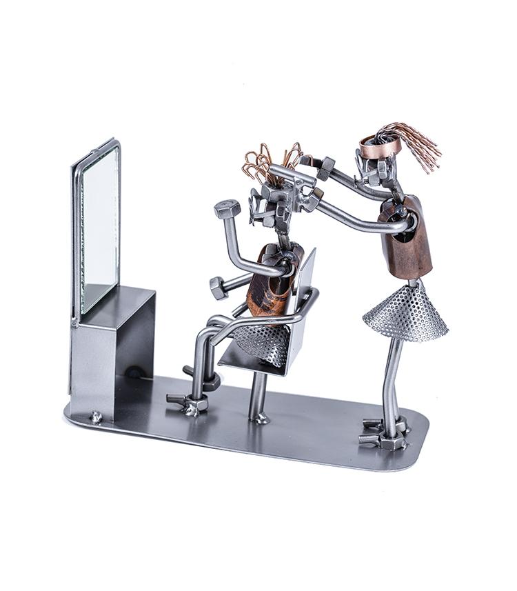 Sjov damefrisør rustik metalfigur, frisør, damefrisørsalon i metal, metalfigur frisør. sjov frisørgave, frisøruddannelse, frisør job, frisørjob, gaven til hende, sjov gave til hende, julegave til hende, gave til kæreste hende, gavekort,