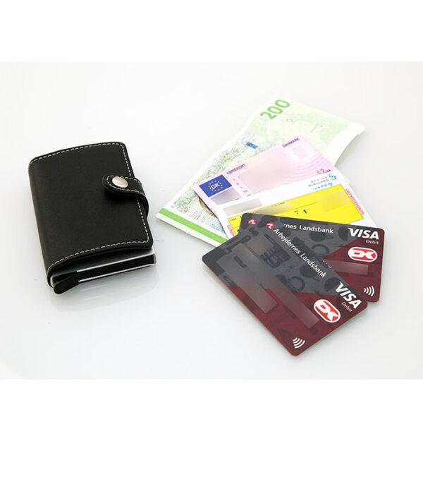 kreditkortholder, sort kreditkortholder, læder og aluminium kreditkortholder, kreditkortholder med udskyder