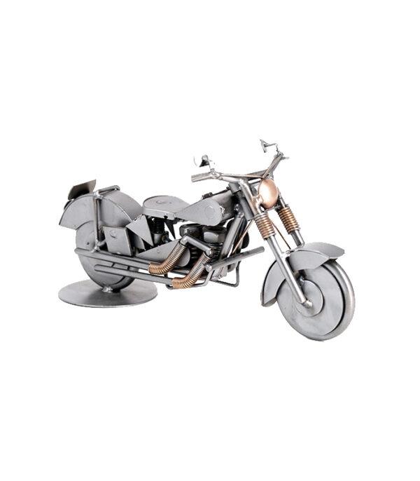 Motorcykel model af skrotmetal som gave til motorcykel entusiast