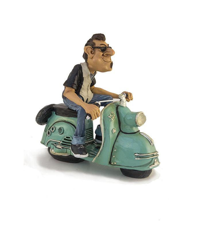 sjov kunst, karrikaturfigur, scooter forhandler, scooter butik, scooter til salg, scooter shop, sjov indretning, sjvov boliginteriør, funny home decor, funny home design,