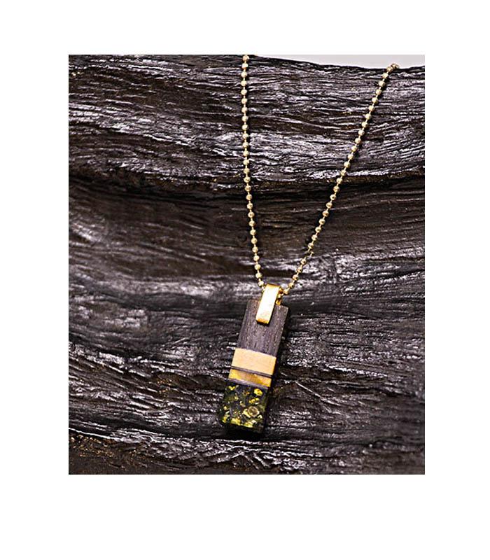 ravsmykke, træ rav forgyldt sølvvedhæng,, wood amber pendant, wood amber, amber and oak wood necklace, rav og træ vedhæng, vedhæng i egetræ og rav, rustikt vedhæng, rav vedhæng, vedhæng i forgyldt sølv, lækreste vedhæng unika vedhæng uniqa smykker,