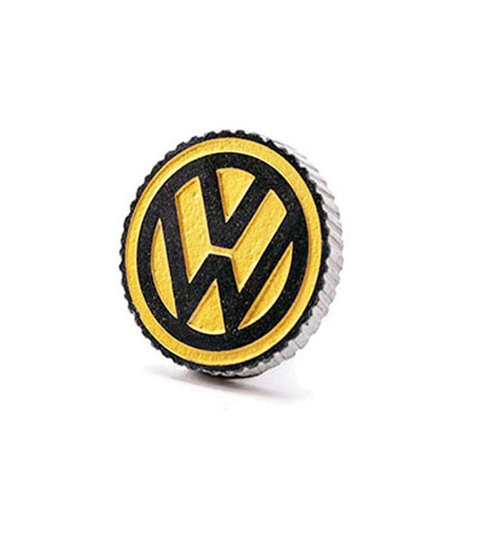 vw logo i granit med fod