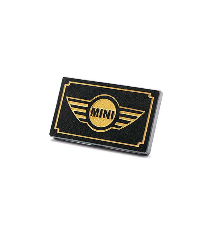 mini cooper logo i granit med fo