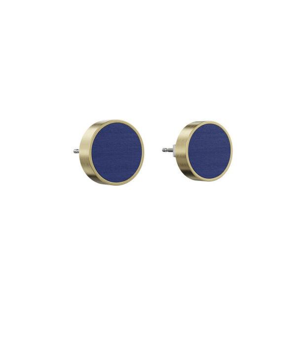 Blå cirkelørestikkere af træ i guldfarvet messingramme