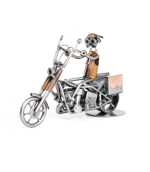 gave biker harley motorcykel model